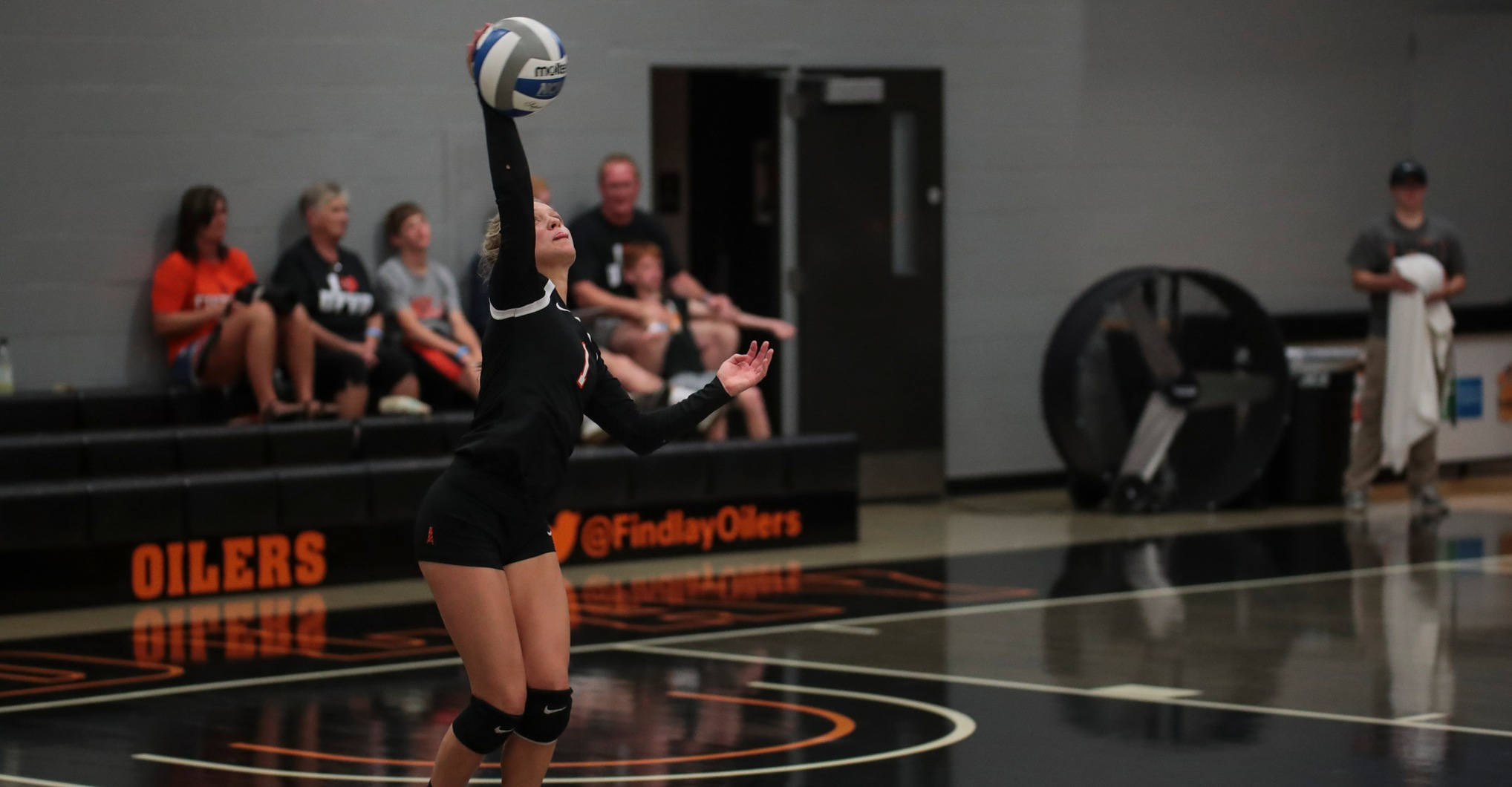 Oilers Fall to Yellow Jackets