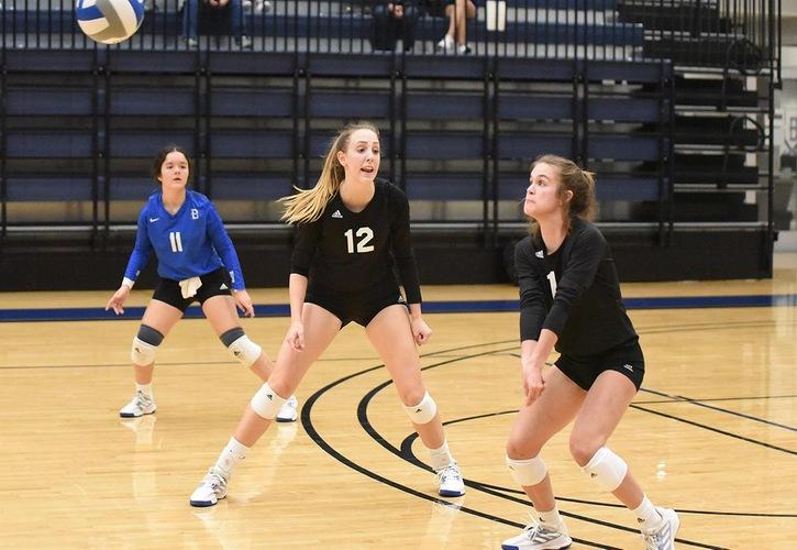 No. 7 Blinn Volleyball Sweeps No. 11 Western Nebraska To Open NJCAA Volleyball Championship