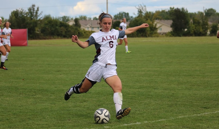 Women's soccer shut out at Adrian