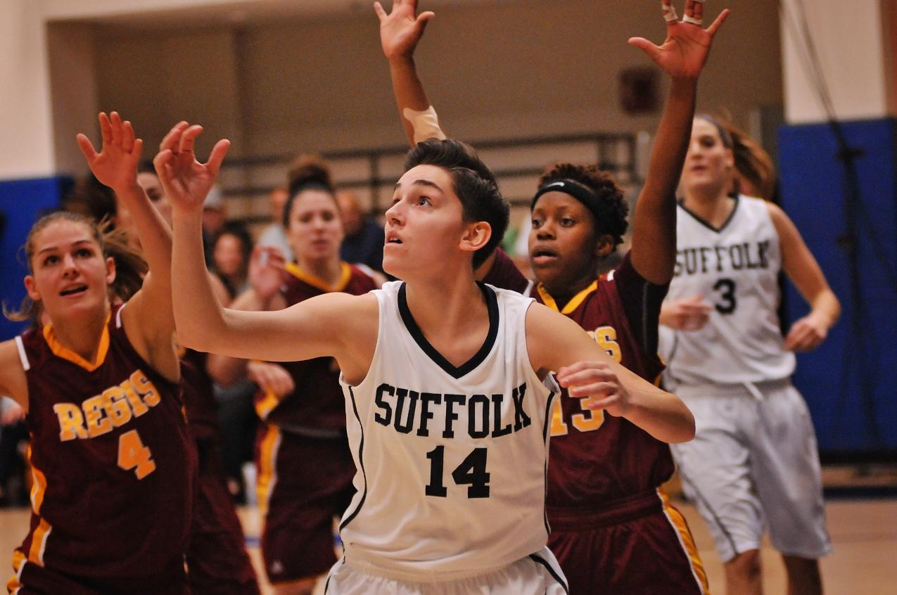 Women's Basketball Captures Emerson Tip-Off Title, Downs Framingham St. 68-54