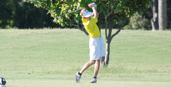 Golfers Snag Second at West Region Invitational