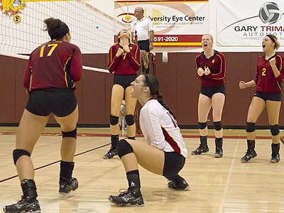Ferris State Volleyball Shuts Out Wayne State