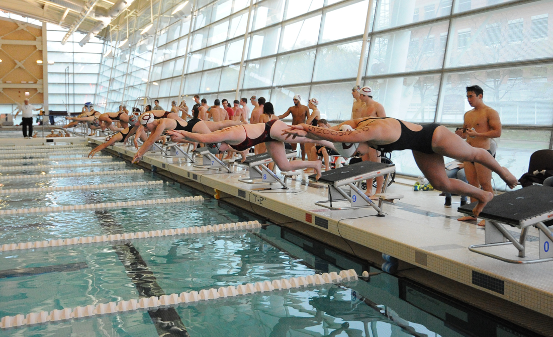 UChicago Swimming & Diving Takes First and Fourth at Midwest Invite