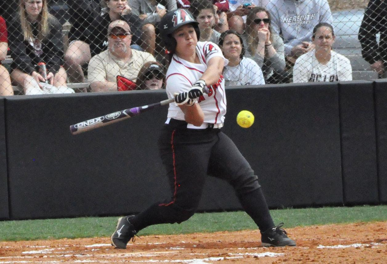 Softball: Murray's home run lifts Panthers past Greensboro in first game of USA South doubleheader