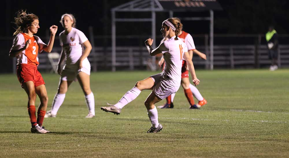 Women's soccer paced by Taylor's four goals in 12-1 win