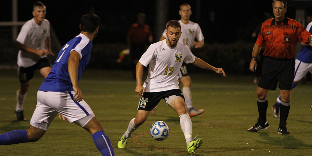 Men's Soccer Fall to Terriers, 6-1