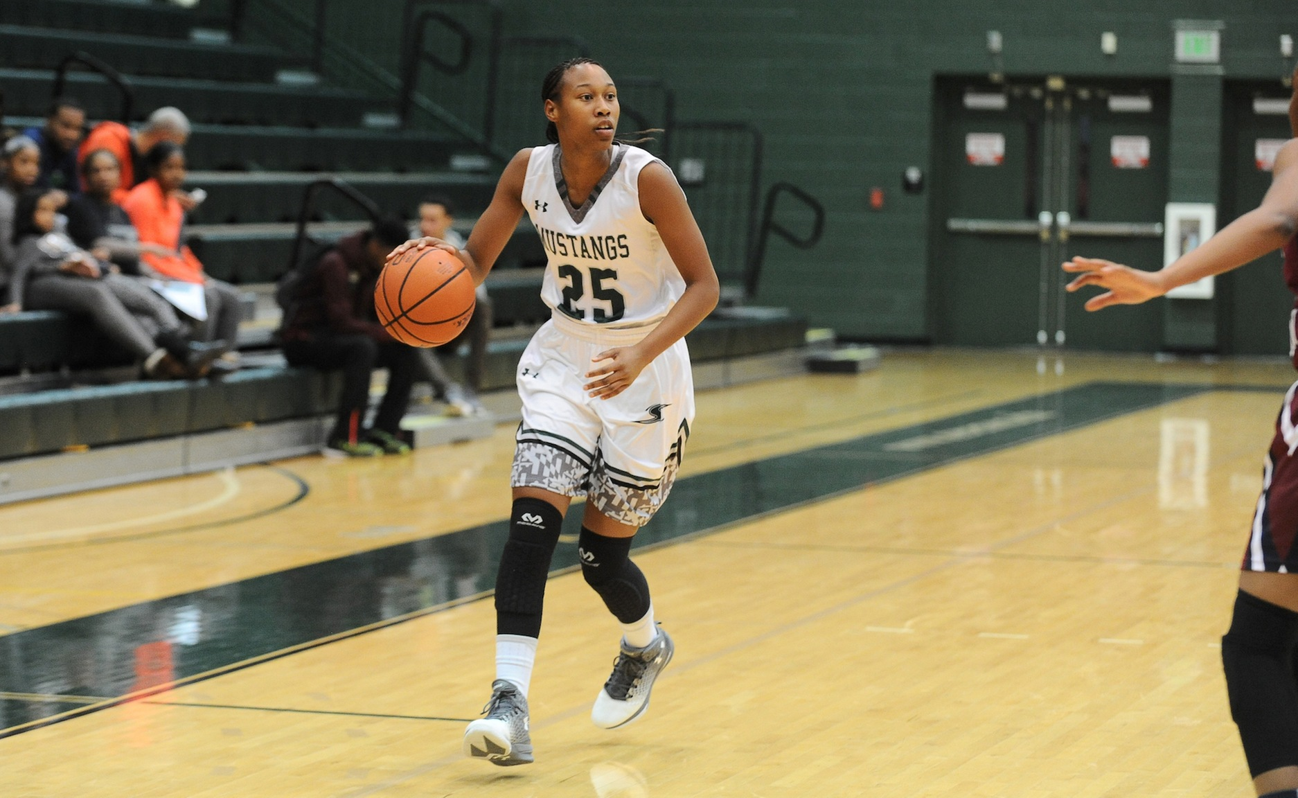 Women's Basketball's Season Halted by Carnegie Mellon in ECAC Semifinals