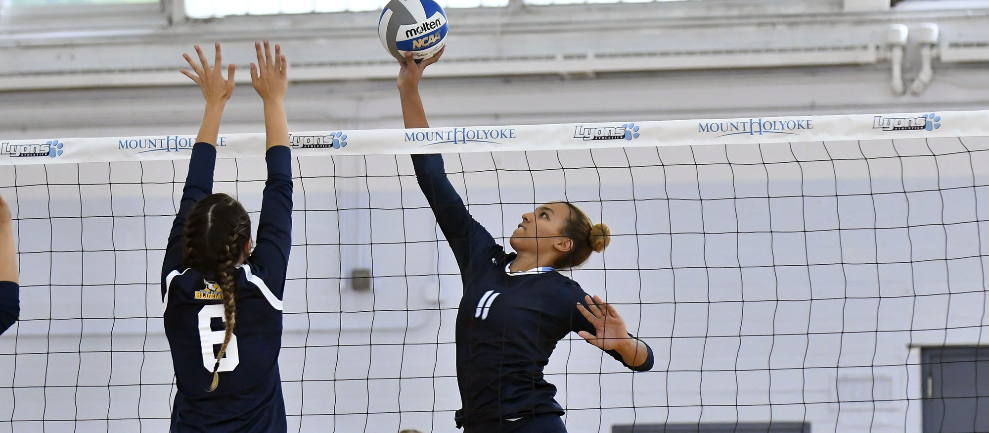 Photo of Lyons volleyball player Jamesa Allen