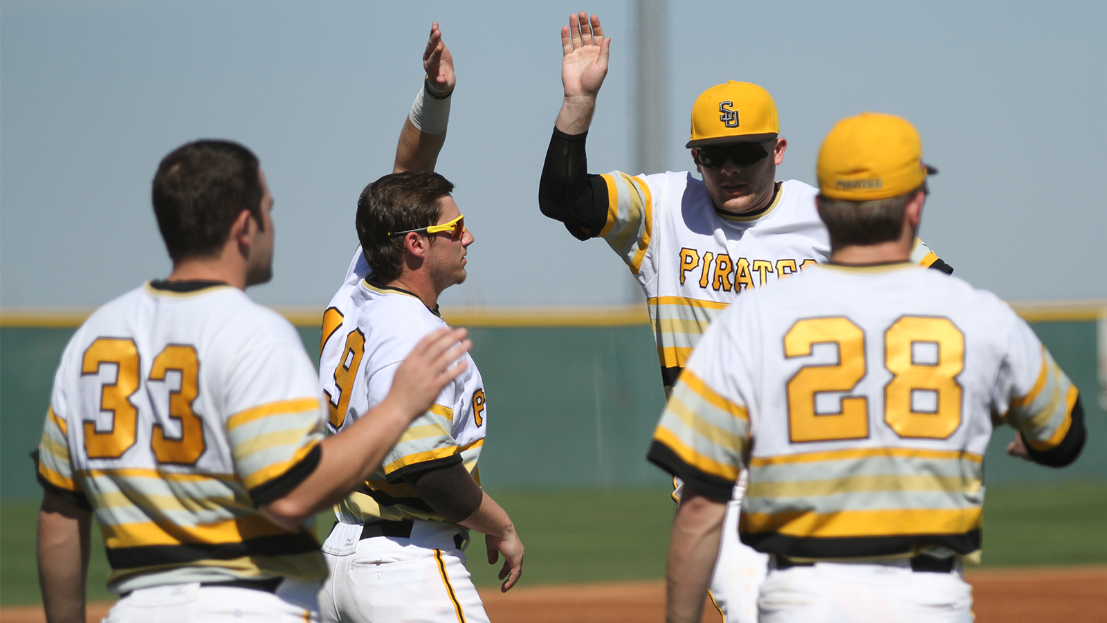 Baseball completes sweep of Blackburn with run-rule victories on Saturday