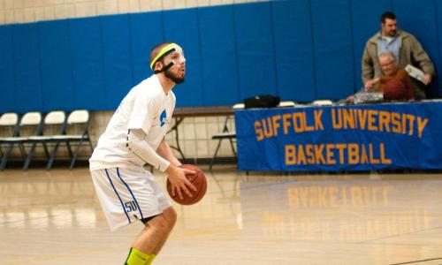 Torres Paces Offense in 100-76 Men's Basketball Victory