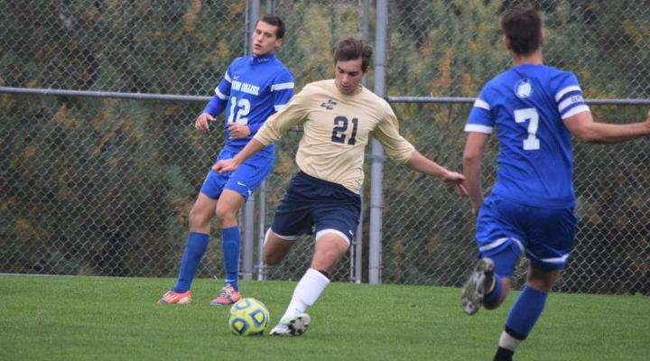 Men's Soccer Holds Off Bobcats for 5-4 Victory