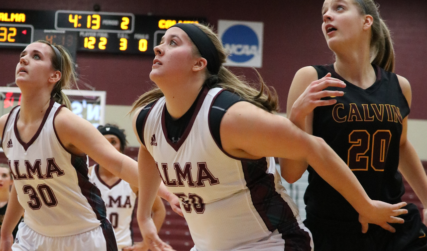 Scots Hold on to Lead, End Five-Game Losing Streak with 76-64 Win at Kalamazoo