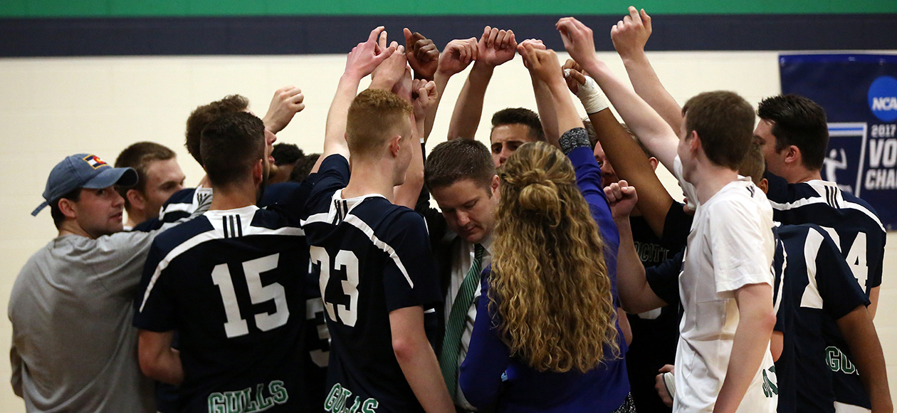 The Endicott men's volleyball team huddles up during its NCAA Tournament match vs. Stevens.