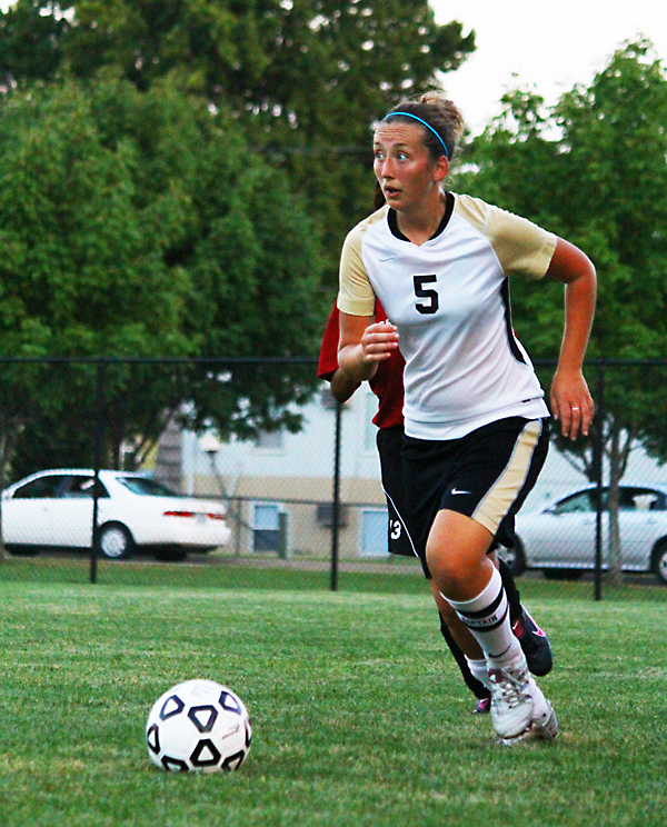 Women's Soccer Drops Season Opener