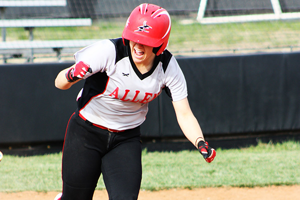 The Lady Red Devils top Fort Scott CC behind Ashley Womack's 4 hits, 15-7
