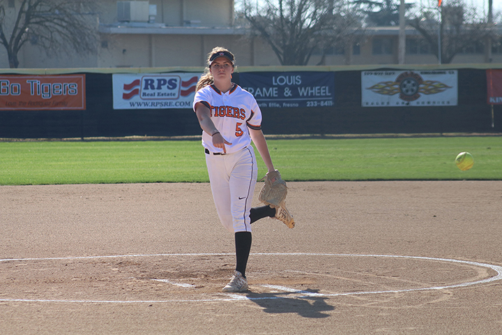 Tiger Softball Wins Doubleheader At Sac City