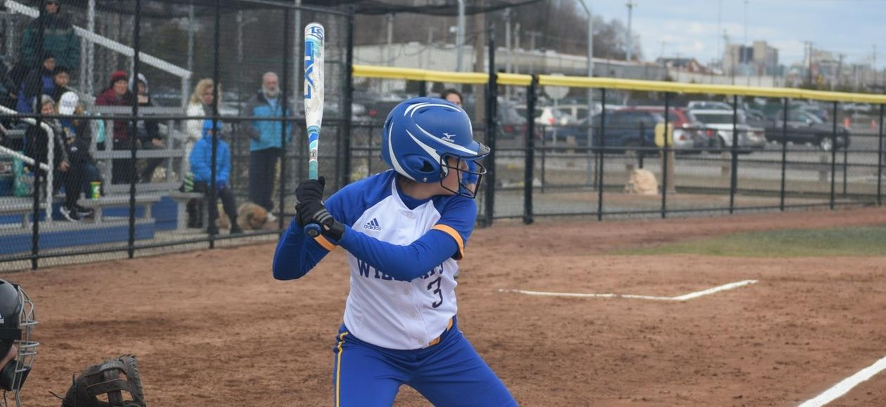 Offensive Outburst Pushes Softball Past Norwich