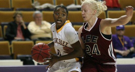 Golden Eagles outlast Lee in exhibition game to tip off season