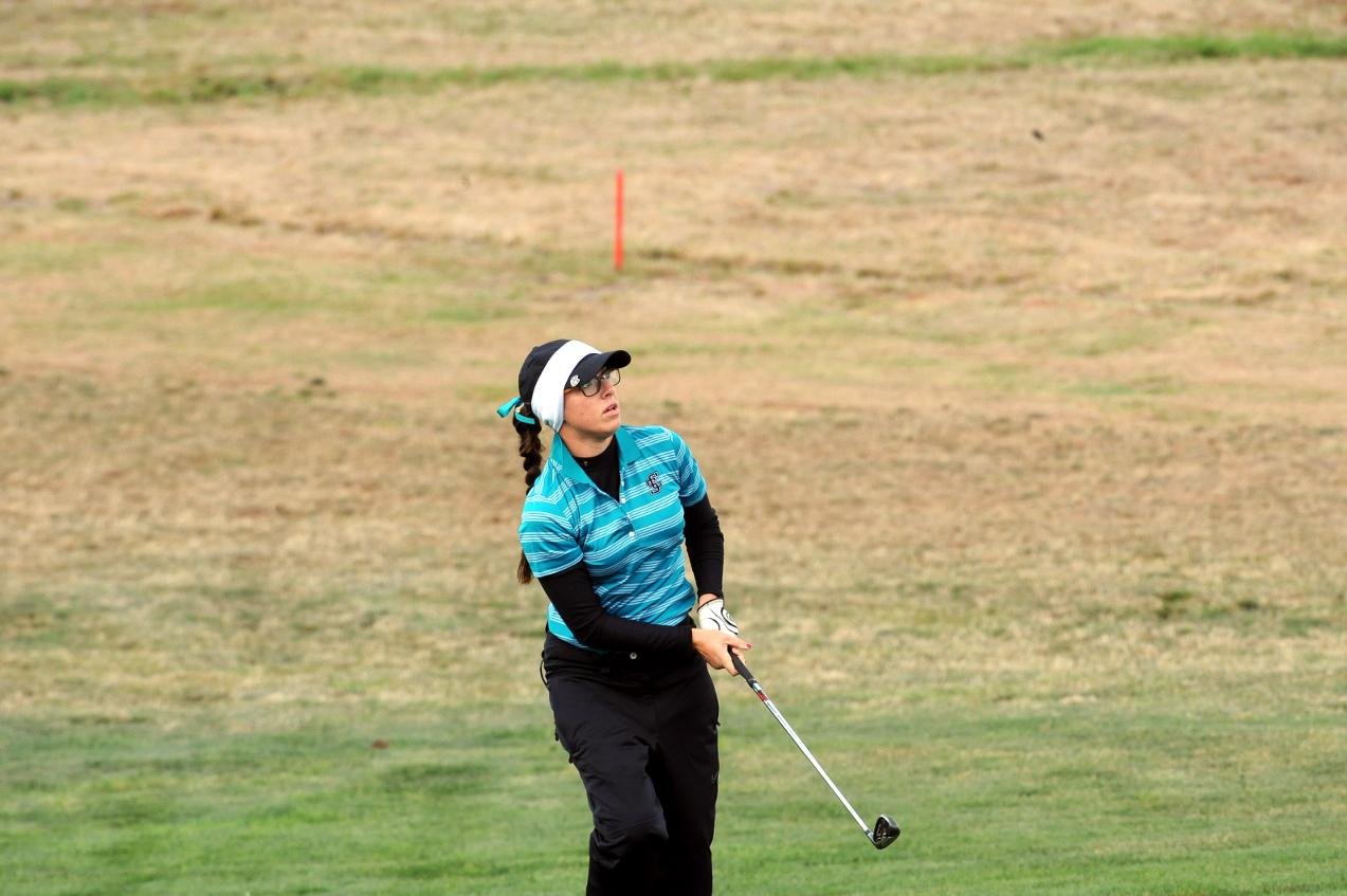 Women's Golf In Second; Freman Holds One-Shot Lead After Day One of Grand Canyon Invitational