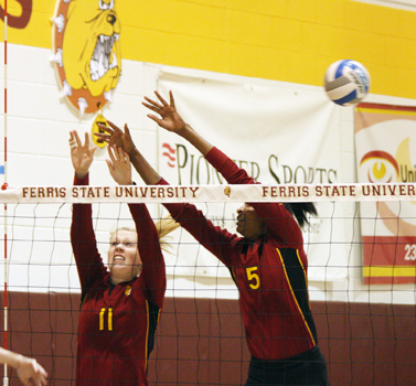 #11 Samantha Fordyce & #5 Arielle Goodson (Photo by The Pioneer)