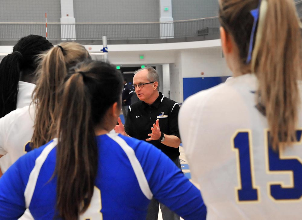 Women's Volleyball Blanked by Keene State, 3-0