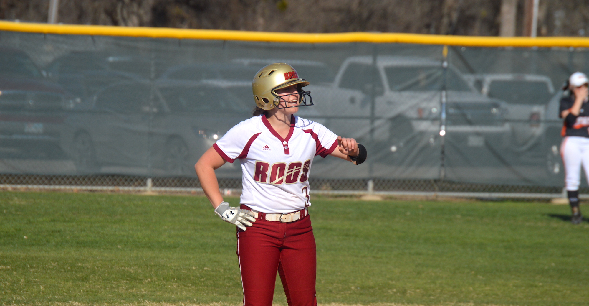'Roo Softball Splits with Centenary