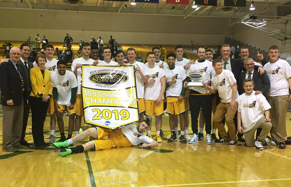 Oswego wins 2019 men's basketball championship