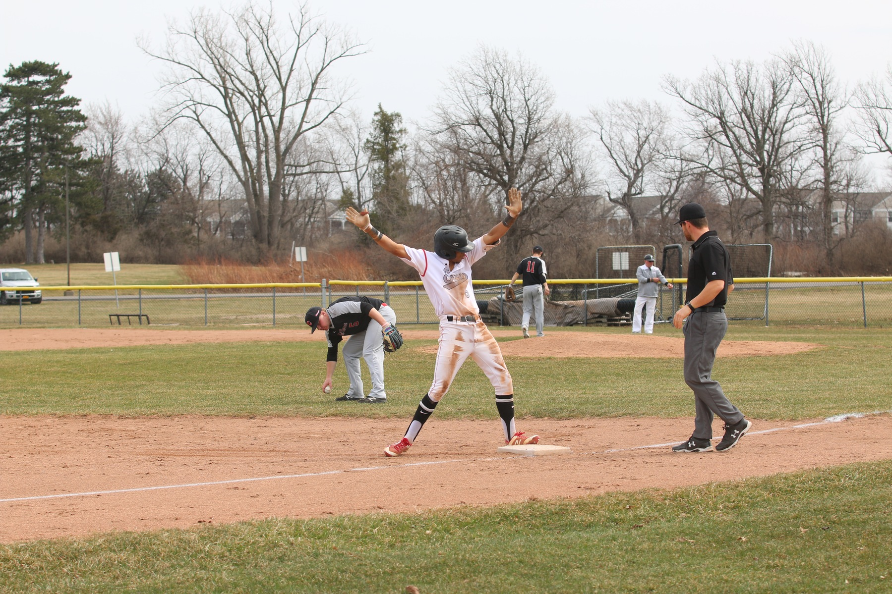 Baseball Sweeps Onondaga Community College in Doubleheader For Second Time This Week