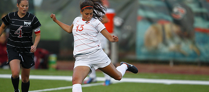 Women's Soccer Falls in Overtime to University of Puget Sound