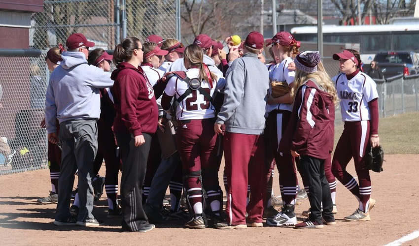 Softball Slated to Place Fourth in MIAA