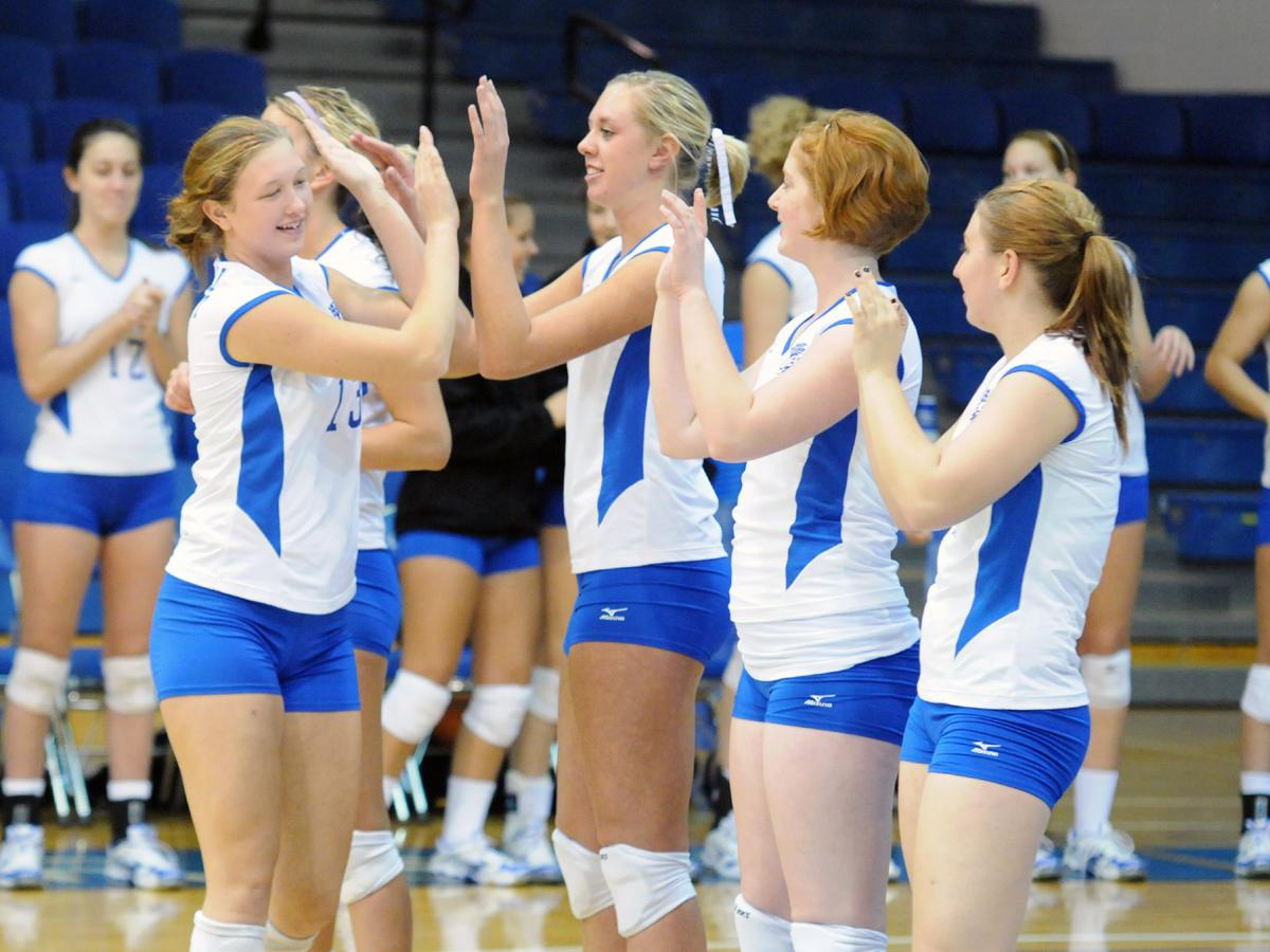 CCSU Volleyball Earns Academic Award For 3rd Straight Year