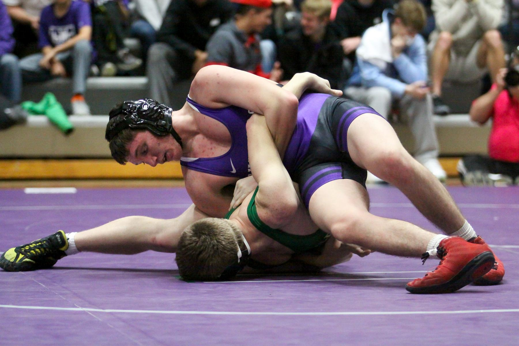 Wrestlers Compete at Ohio Meet
