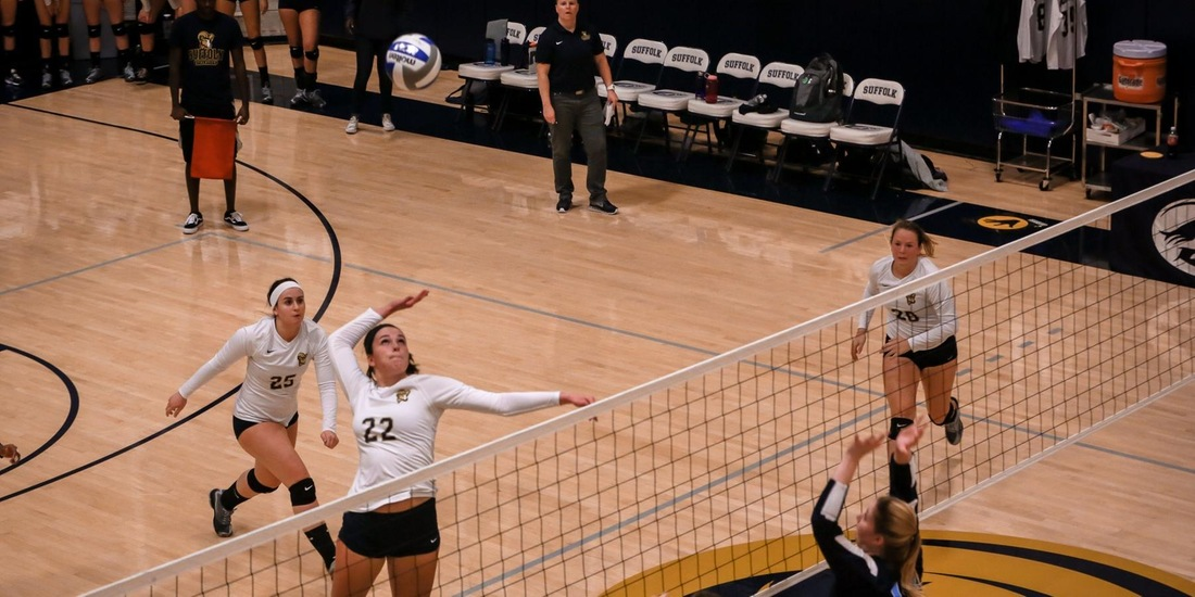 Women's Volleyball Rallies to Defeat Mount Ida in Five