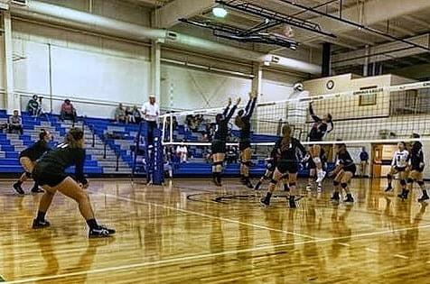 Moody Volleyball Wins Twice at Emmaus