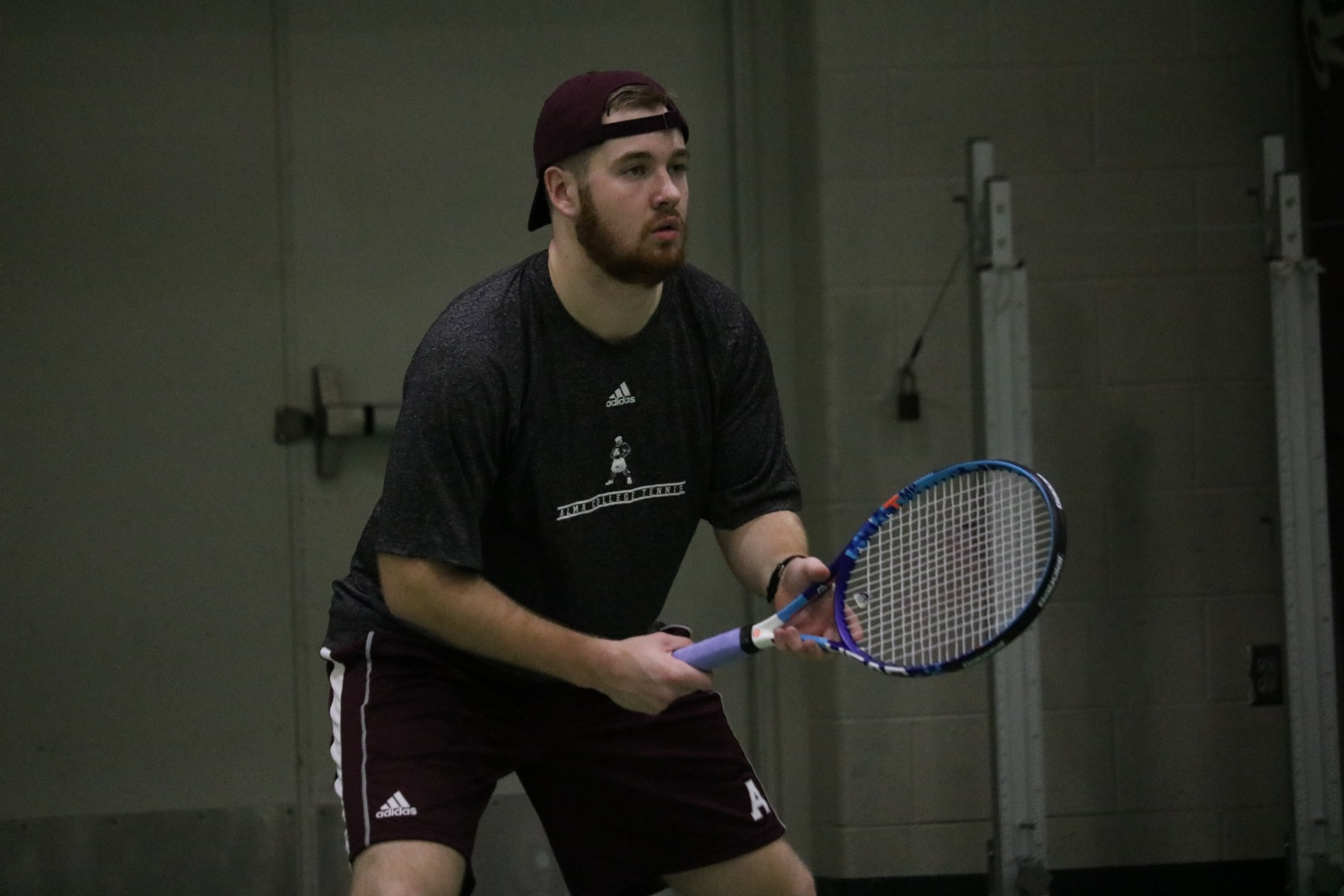 Men's tennis falls to Spring Arbor, 5-4