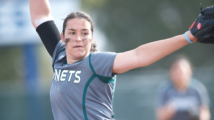 BROOKS' 10 STRIKEOUTS LEADS SOFTBALL TO 3-1 WIN OVER SANTA CLARA