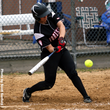 Nine-Run Fourth Inning Gives Foresters 10-2 Triumph over Illinois College