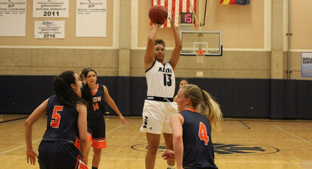Sophomore Aubre Fortner finished with 12 points but the No. 3 ranked Aztecs women's basketball team fell to Mesa Community College 78-64. The Aztecs are 14-4 overall and 8-2 in ACCAC conference play. Photo by Rene Escobar/AztecPress