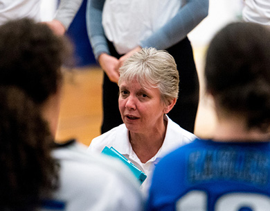 Grace Scott Honoured as recipient of the 2018-19 ACAC Coaching Excellence Award