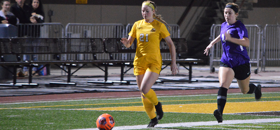 Sophomore Anna Wenzinger scored the lone goal in BW's 4-1 loss against Capital.