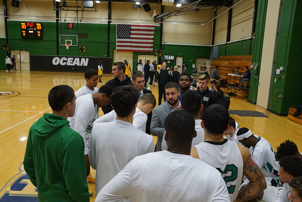 Vikings Win on the Road in 89-78 Defeat of Sussex CC