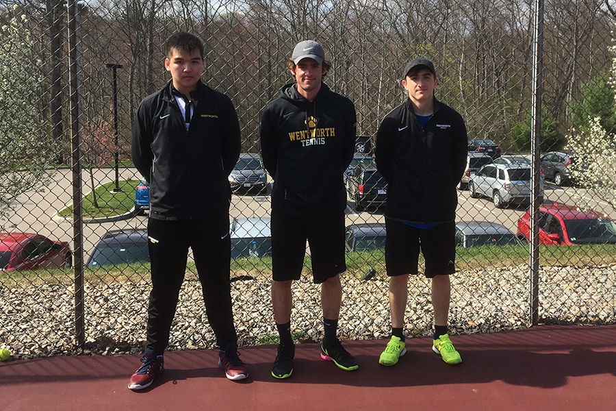 Men's Tennis Edged by Western New England