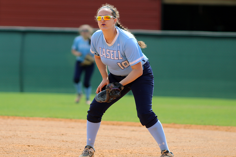 SB: Haskins leads Lasell to split of two games Thursday in Florida