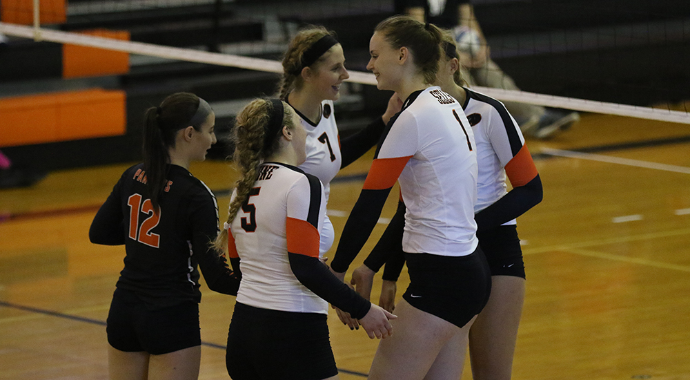 Women's volleyball moves to 9-1