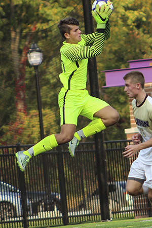 Maximilian Loria, Albion, Men's Soccer Defensive Player of the Week 10/16/17