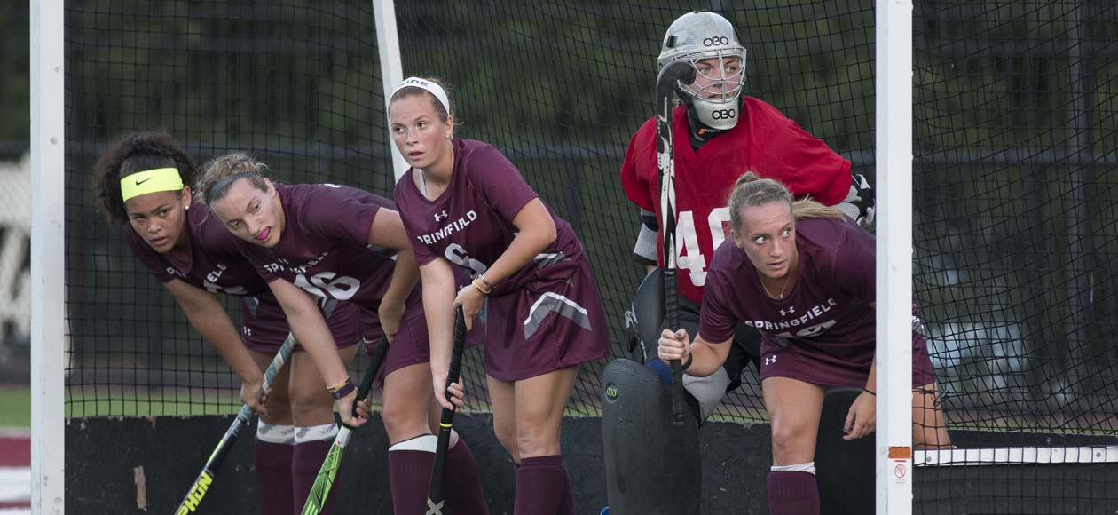 Second-Half Surge Pushes Trinity Past Field Hockey, 4-1