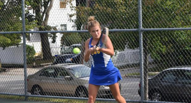 Women's Tennis Rolls Past UMass Dartmouth