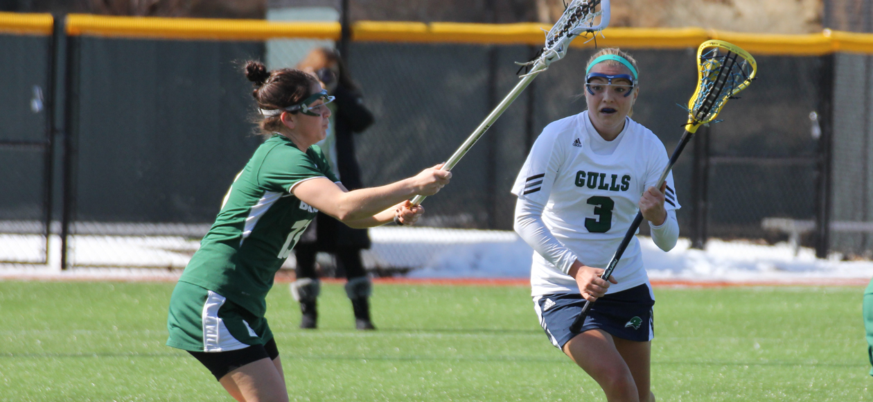 Murphy Records Seven Points in Triumph over Salve Regina