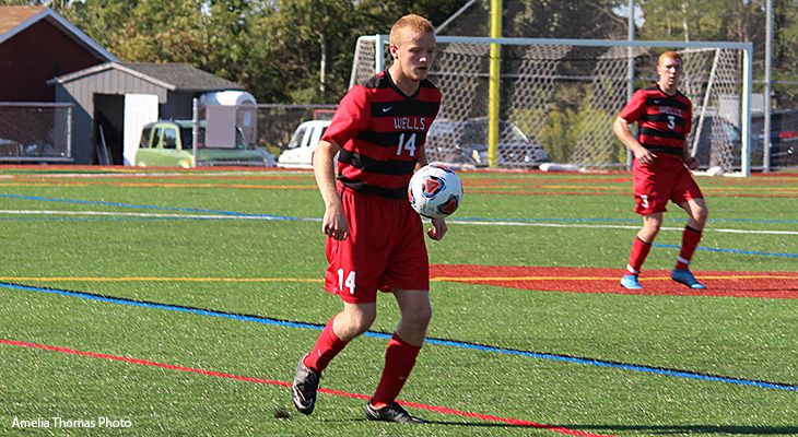 Late Goal Lifts Men's Soccer To Road Victory At SUNY Poly
