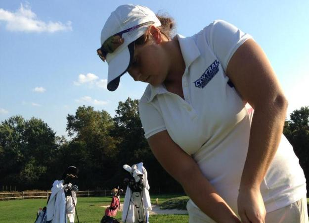 Women's Golf Third in NEC Poll